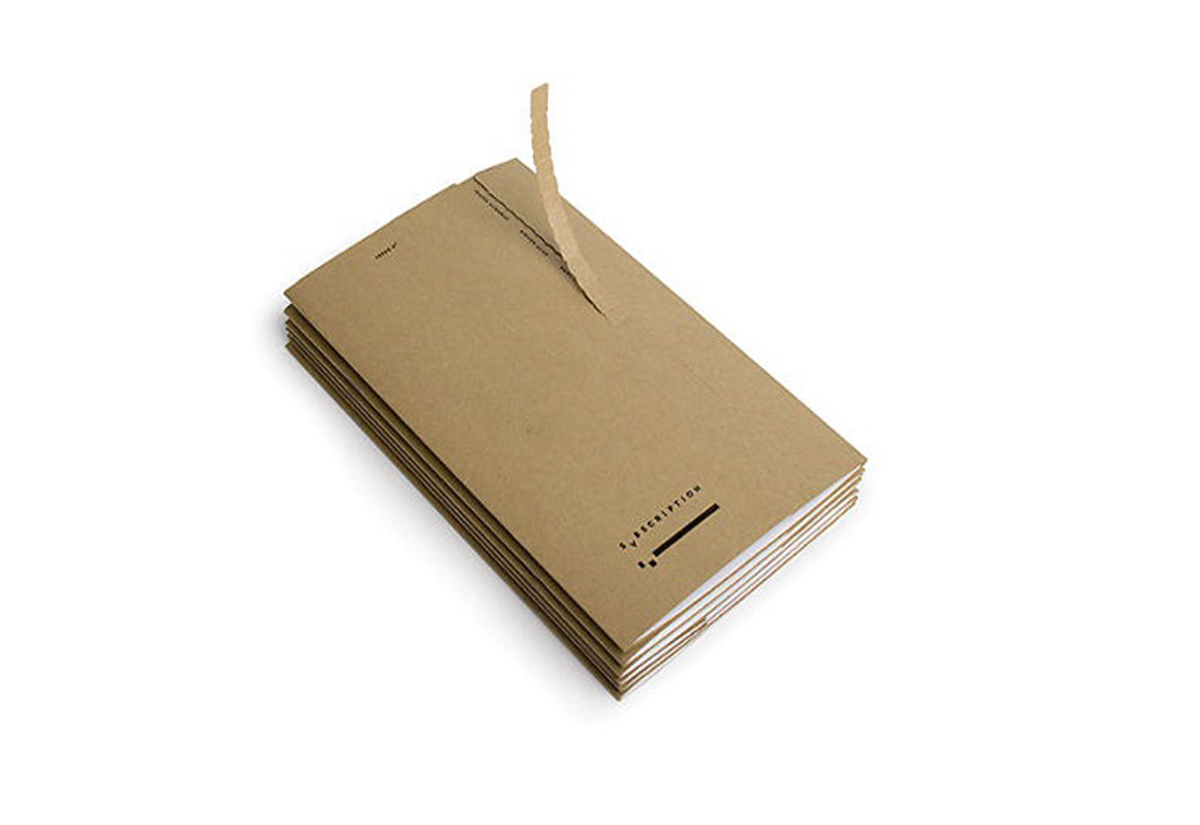 Mailer With Zipper